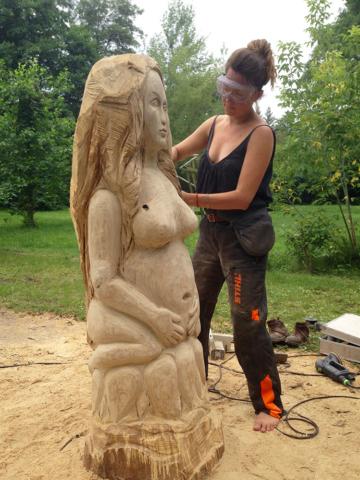 """Bienenstock Skulptur """"Melissa"""" Work in progress"""